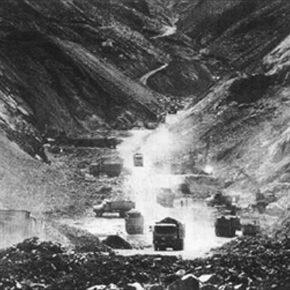 漢族のチベットでの金鉱採掘と現地チベット族の反抗