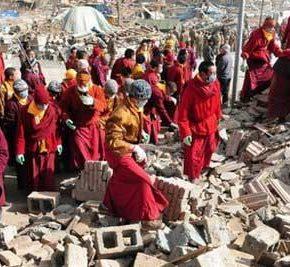 東チベット大地震