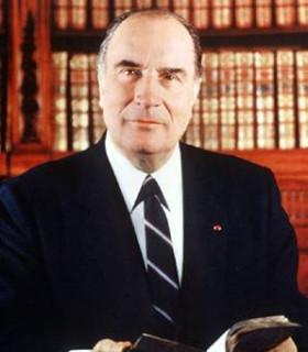 フランソワ・ミッテラン仏大統領(任期1981~1995)