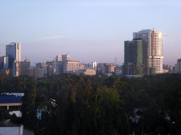 タンザニア最大都市ダルエスサラーム中心部