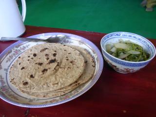 尼僧院の質素な食事