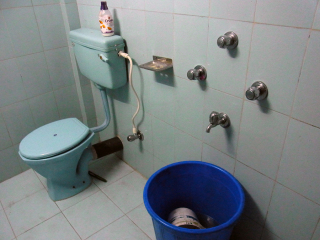 村で唯一のシャワールーム