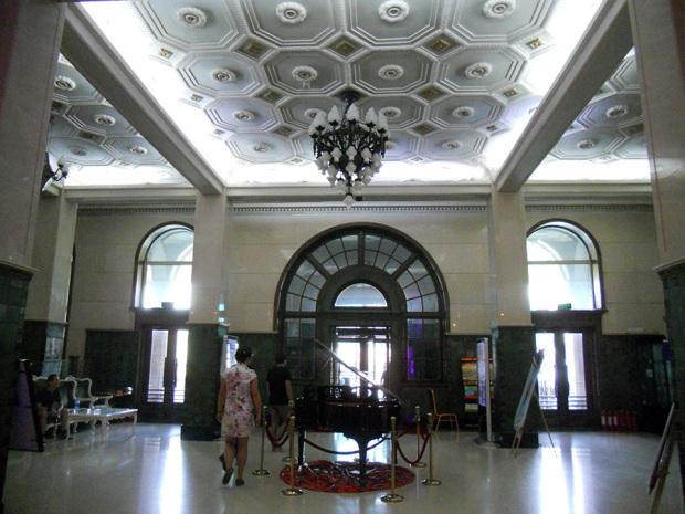 旧ヤマトホテルの内部(筆者撮影)