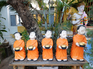 タイ チェンマイの寺 ゆるキャラ?