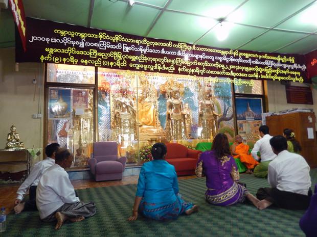 ミャンマー お寺が歯止め