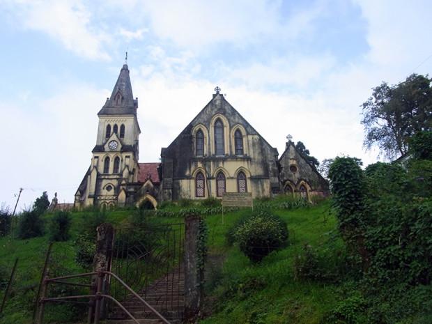 インド ダージリンの古い教会
