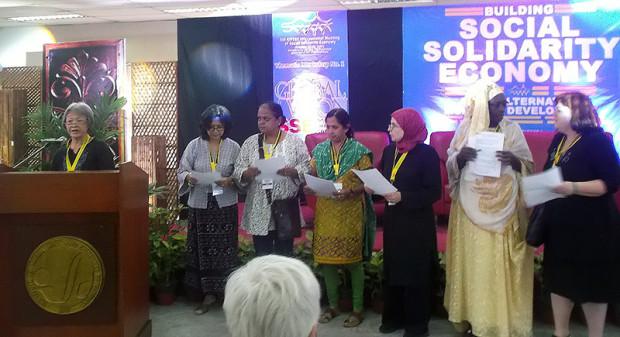 2013年のRIPESS会議(フィリピン)の様子