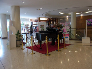 ピアノの生演奏があるバンコックの病院