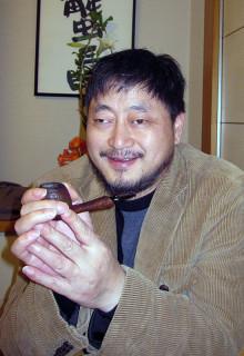 詩人の兪心樵(2014年4月、大阪・難波にて)