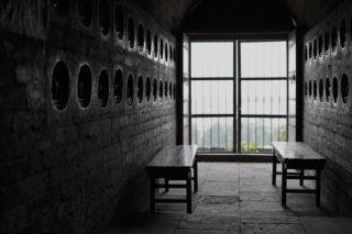 48体の伎楽仏。寺廟楽隊の実相を現代に伝える超一級の文化遺産