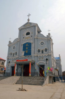 天主堂。古城の北にはプロテスタント教会跡も残っている