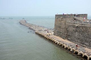 戚継光が築いた蓬莱の水城は長城の形と似ている