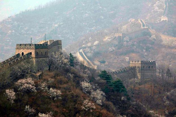 慕田峪長城は緑豊かな燕山の要衝