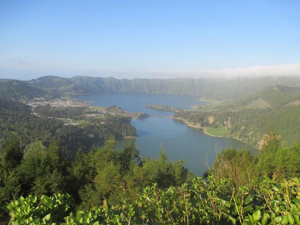 セッテ・シダーデス湖(サン・ミゲル島西部)