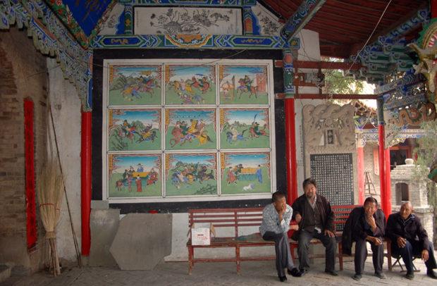 西老爺廟:壁に掛かった9枚の戦(いくさ)絵が興味深い