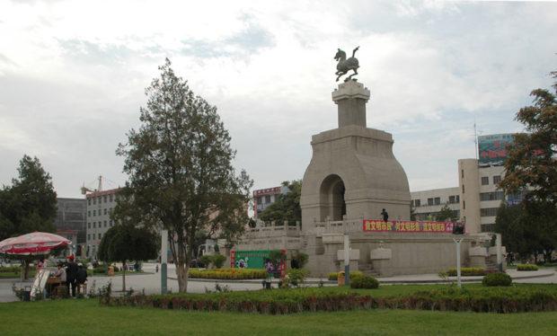 汗血馬「馬踏飛燕」像のレプリカ。本物は蘭州の甘粛省博物館で見ることができる