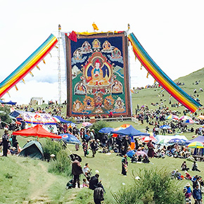 チベット旅行で思ったこと、感じたこと ③ 回る人たち