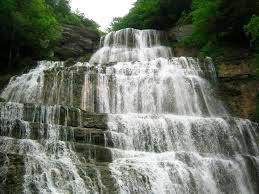 中国人にとって流れる水は生命力と冨貴の象徴