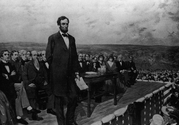 ゲティスバーグで追悼演説を行うアブラハム・リンカーン(Federalist)