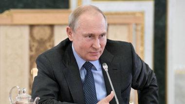 テレビ対話で国民の質問に答えるプーチン大統領(2019年6月20日、Sputnik)