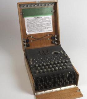 ドイツの暗号作成機(The Imperial War Museum)