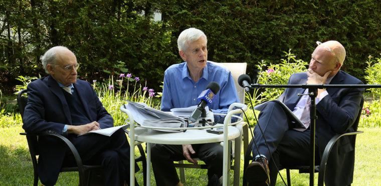 2016年報告書について報道者に語る3人の調査者。2016年6月24日 カナダのオタワで。(左から)デービッド・マタス氏、デービッド・キルガー氏、イーサン・ガットマン氏(Jonathan Ren/NTD Television)