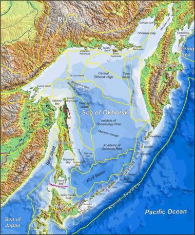 オホーツク海の地図。千島列島の戦略的重要性がよく分かる(Pinterest)
