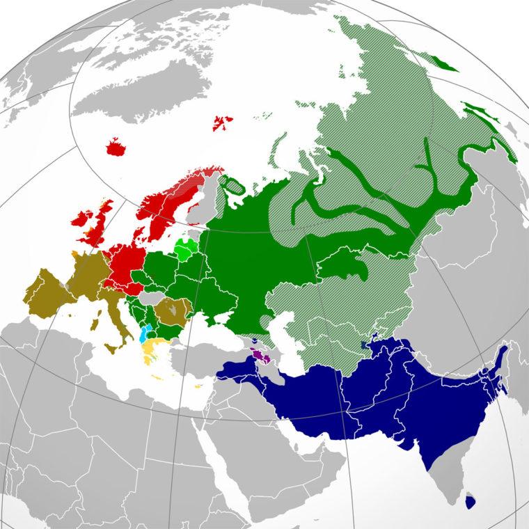 インド・ヨーロッパ語族の分布地図(出典:ウィキペディア)。スペインからフランスにかけての国境地帯にある小さな空白地帯がバスク語圏