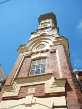 イルクーツク消防博物館の一部で、もとは火の見櫓だった部分。1901年に建てられ、1989年まで利用された