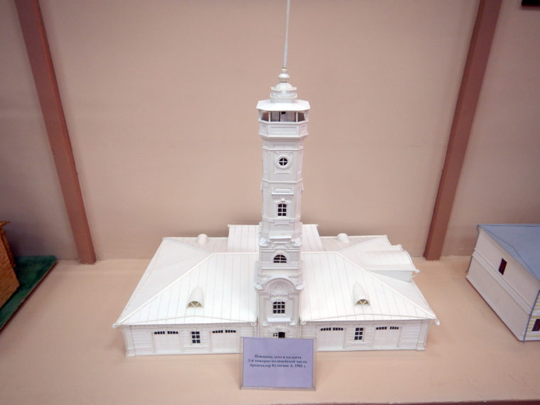 1901年に建てられた消防署で、現在イルクーツク消防博物館となっている建物の模型